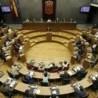 El Parlamento de Navarra aprueba una declaración institucional de apoyo a la iniciativa de querellarse contra los crímenes del franquismo